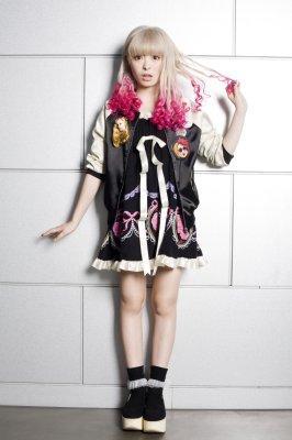 【ファッション】きゃりーぱみゅぱみゅのコーディネート参考集 【kawaii】