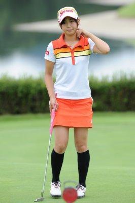 ゴルフ界の松嶋菜々子森美穂 18歳の美脚と今後に期待大