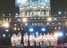 HKT48 西武ドームで緊張の初ライブ&AKB48は恒例のムチャぶり企画とライブでファン熱狂!