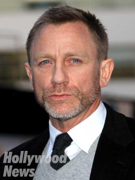ダニエル・クレ�... Daniel Craig