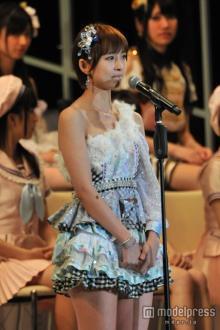 AKB48卒業の篠田麻里子、挫折からスタートした7年半の活動を振り返る