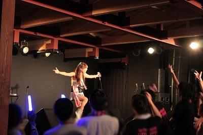 夏の祭典「由比ケ浜GIRLSアニソンLIVE! in SEACRET BOX BY OTODAMA2013 ...