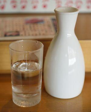 試す価値ありまくり!「安くて大量に作れる」手作り日本酒化粧水