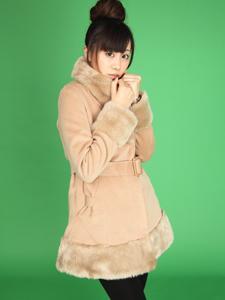 男性が連れて歩きたくなる、冬の女子萌えファッション5選「冬でもミニスカート」