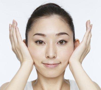 「表情筋を鍛える」の画像検索結果