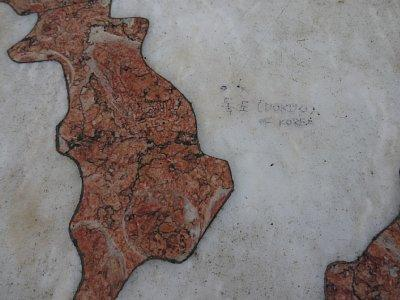 ポルトガルの世界遺産に隣接する世界地図に「独島」の落書き