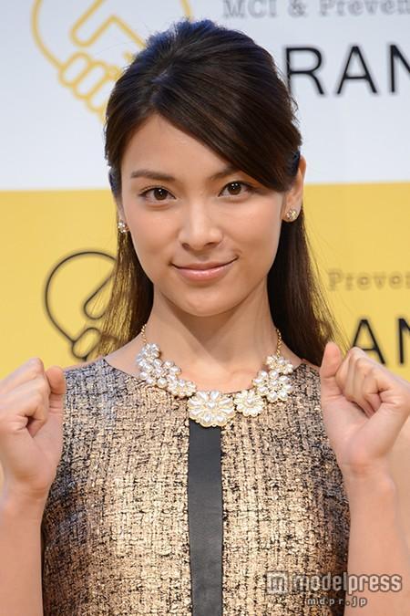 秋元才加、心友大島優子卒業への想い「元AKBって言われるうちは…」
