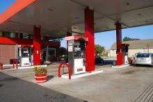原油高、増税、低燃費車増加でガソリンスタンドが経営危機