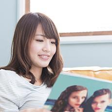 女子が「初めて買ったファッション雑誌」ランキング! 3位『Seventeen』、2位『non-no』、1位は?