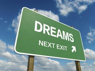 「将来の夢」を職業にできましたか?夢はかなわなかったと8割が回答