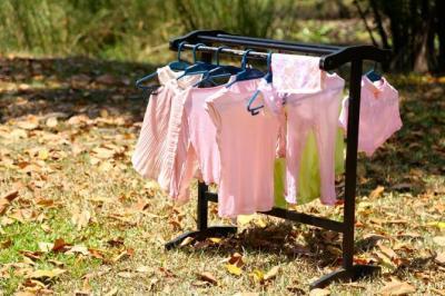 ジッパーとボタンは開ける?それとも閉めて洗う?家庭でのお洗濯でやりがちな8つの間違い