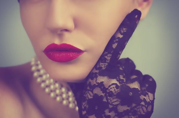 かわいい顔の新条件は、「鼻と口の距離を縮める」こと