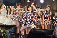 NMB48山本彩首里城ものまねで沖縄新テレビ局開局 強風の中『ナギイチ』『らしくない』…全10曲パフォーマンス