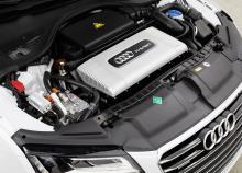 アウディが開発した「燃料電池車」は充電できるPHV!