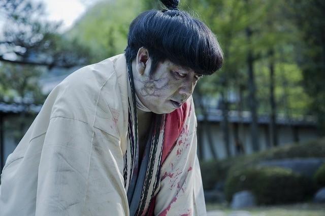 「バナナマン」日村、ゾンビと化す!主演映画「新選組オブ・ザ・デッド」予告編公開