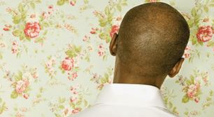 薄毛の原因は男性ホルモンか