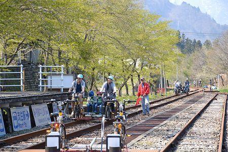 自転車の 飛騨市 鉄道自転車 : ... 飛騨市神岡町東雲の旧奥飛騨