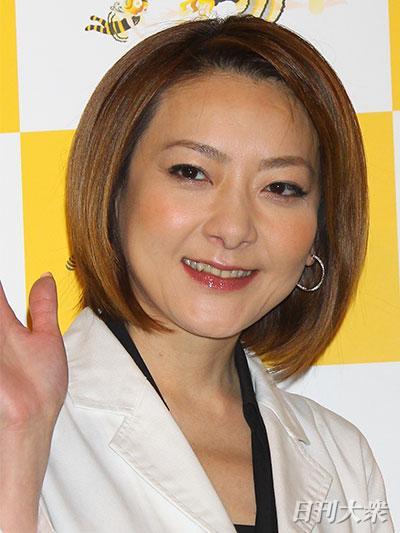 西川史子「毎日バストを触って欲しい」と世間にアピール