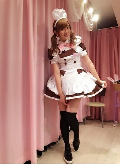 菊地亜美 メイドコス披露しメイドカフェで前園真聖に接客