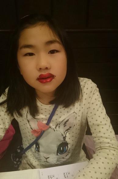 鈴木福 宿題中の「変な妹」公開で称賛「ウケる」「可愛い」