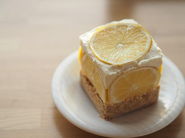 「魔法のケーキ」の次は「キューブ型お菓子」が今年のトレンド!?【チーズケーキ、フィナンシェ、あんパン】