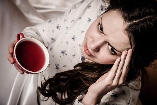ゲッ…コーヒーもNG?「二日酔いの朝」に飲んではいけない飲料と飲むべき飲料