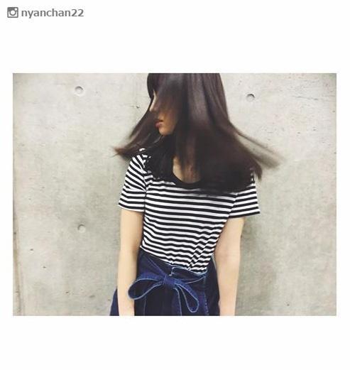 小嶋陽菜「けっこう切った」大胆ヘアカット&最旬暗髪でイメージチェンジ