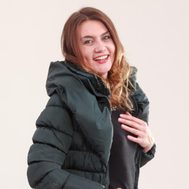 ダウンとフェザーの違いとは?暖かいダウンコートの選び方を専門家が解説