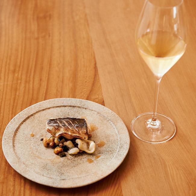 和食材と国産ワインの幸せなマリアージュ。麻布の「可不可 KAFUKA TOKYO」をチェック
