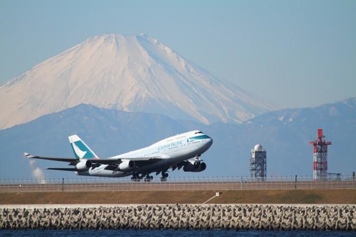 キャセイパシフィック航空、747-400すべて退役へ