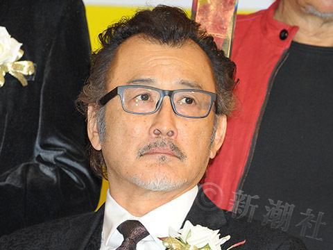 小栗旬、藤原竜也らを連れて店へ 「吉田鋼太郎」が「銀座ママ」と4度目の結婚