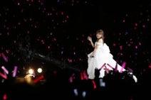 高橋みなみ メンバー抱き寄せ「AKB48の未来を託します」