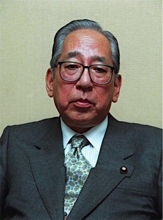 佐藤信二元通産相が死去 84歳