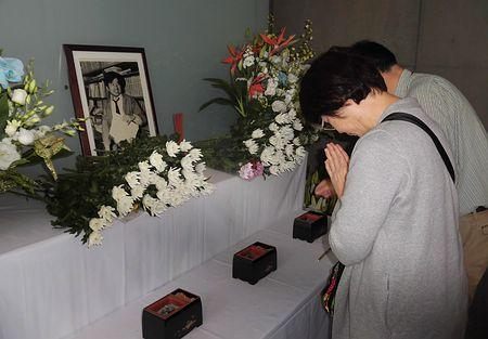 小尻記者を追悼 支局襲撃29年