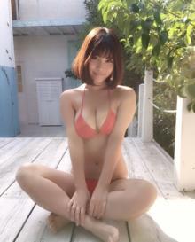 橘花凛「暇人の気まぐれ」Hカップ画像連投にファン歓喜