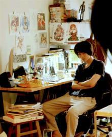 菅田将暉のちょっとオタクな写真公開 映画『二重生活』でゲームデザイナー役