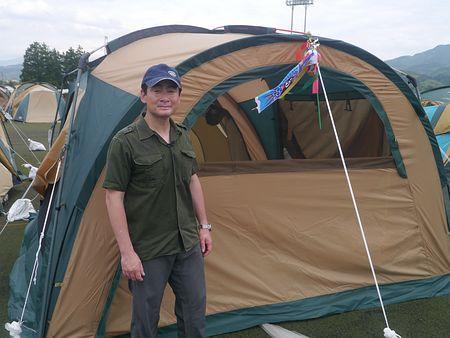 仮設までテントで避難生活