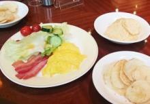 コイケヤ新作朝食ポテチが『ホテルメトロポリタン(池袋)』に登場!! 第4の朝食として受け入れられているのか!? 実際に行ってみた