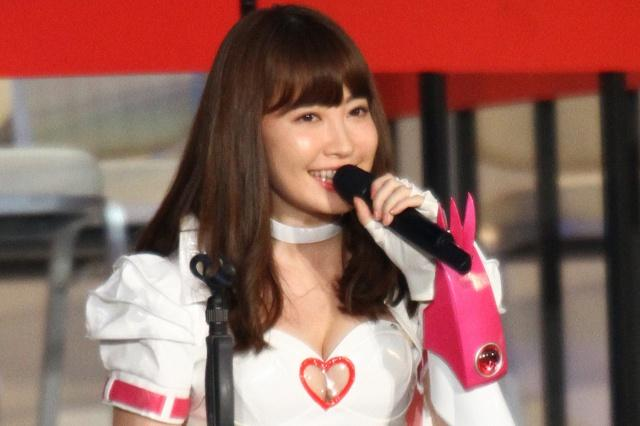 http://stat.news.ameba.jp/news_images/20160619/01/e8/gd/j/o0640042620160618_222603_size640wh_9160.jpg