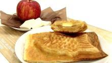 たい焼き形のアップルパイ、マミーズ・アン・スリールに登場!--時間がたってもサクサク食感