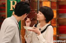 波瑠のキス顔に瀬戸康史「グッときます!」 『ホンマでっか』でモテ仕草披露