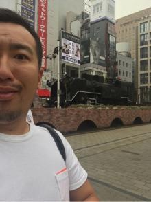ゆっこママ 新橋SL広場を散歩するも「警察に不審者扱い」告白