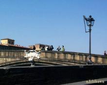 """ダンテ神曲ゆかりのサンタ・トリニタ橋 <span class=""""hlword1"""">Ponte</span> Santa Trìnita"""