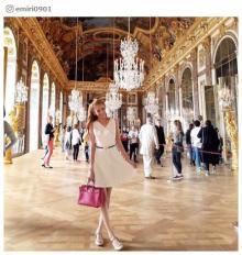 "No.1キャバ嬢モデル兼社長<span class=""hlword1"">愛沢えみり</span>、フランスでのオフに「日本のお姫様」と憧れの声"