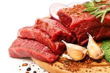外食時は特に注意!「加齢臭をグングン加速させる食べ物」3つ