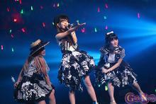 Buono!が武道館で4年ぶりワンマン! 夏焼雅の新ユニット名はPINK CRES.に決定