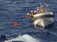 尖閣に侵入する中国漁民は武器を操る「海上民兵」だ