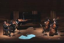 「人工知能演奏システム」でリヒテルの演奏が蘇る。ベルリンフィルメンバーとの息のあった共演を披露
