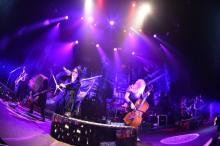 "VAMPS、『VAMPS <span class=""hlword1"">LIVE</span> 2016』ZEPP TOKYO全公演に終幕"