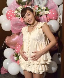 妊娠の加護亜依、デキ婚否定 盟友・辻希美から激励メール「2人いたら鍛えられる」